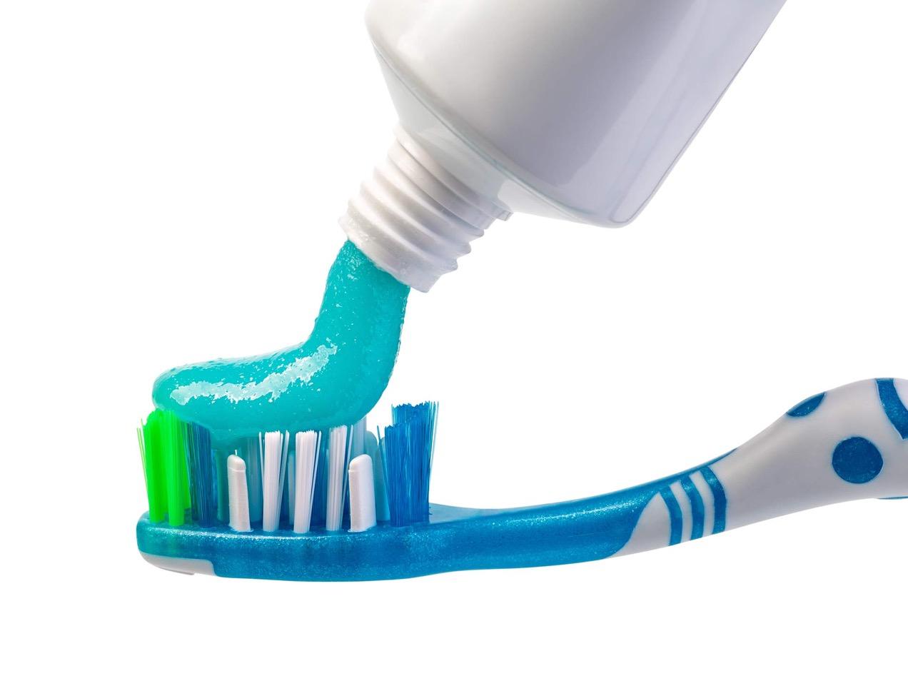 10 consigli denti sani aic